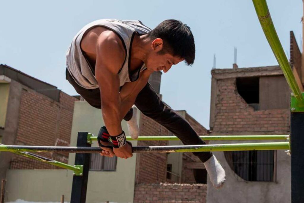 Alessandro, el talento primer puesto en su universidad gracias al deporte