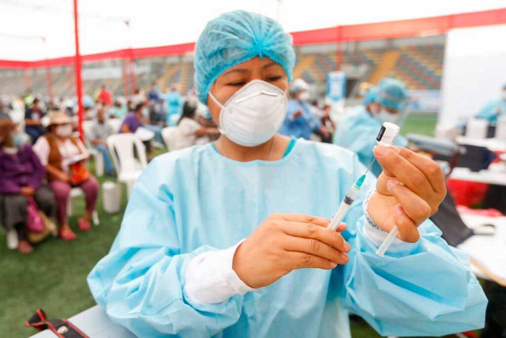 Municipalidad de El Tambo realiza inscripción para vacunación contra el COVID-19