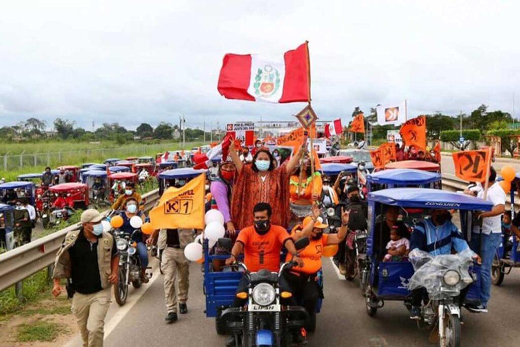 Keiko Fujimori pide a Castillo presentarse a debates de propuestas del JNE
