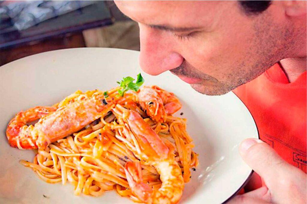 ¿Perdiste el gusto y el olfato por el COVID-19? EsSalud te recomienda estos ejercicios para recuperarlos