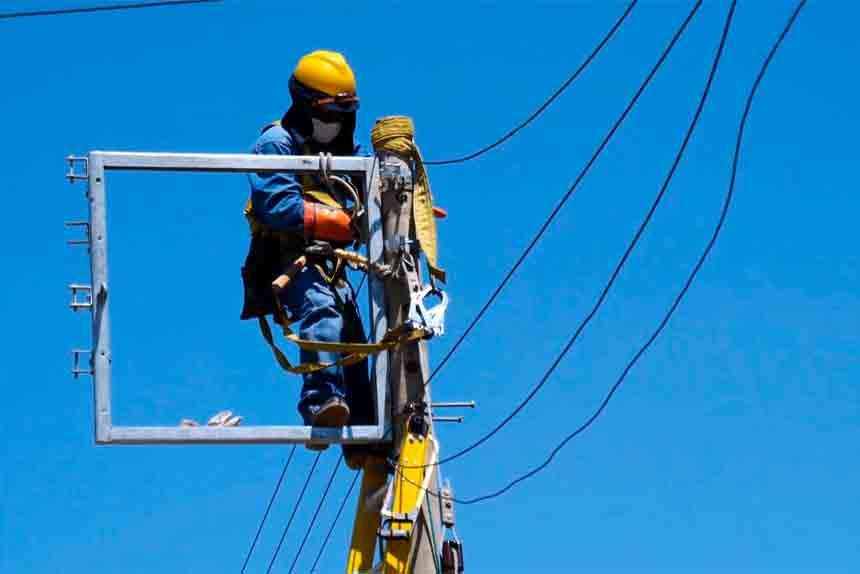 Por trabajos en instalación de nueva fuente de energía se programa corte en Valle del Mantaro