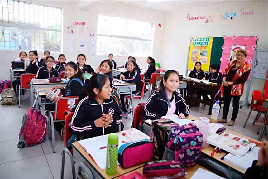 Presidente Castillo anuncia que su Gobierno declarará en emergencia la educación pública