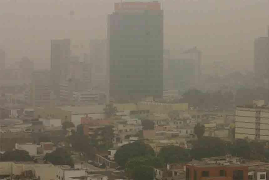 Siete millones de personas mueren cada año debido a la contaminación del aire en espacios abiertos y cerrados