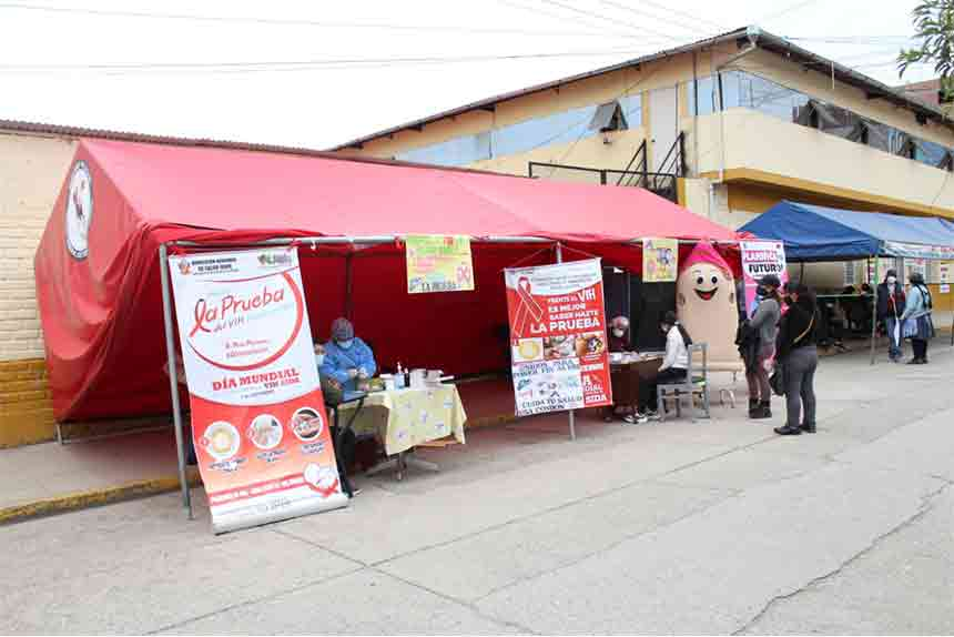 """Hospital """"El Carmen"""" y la MPH realizan campaña de tamizaje con prueba rápida de VIH y Hepatitis b"""