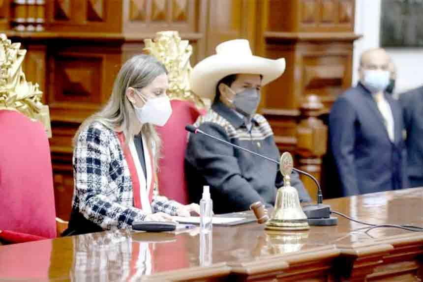 Presidente Castillo participa en sesión solemne por 199° aniversario del Congreso